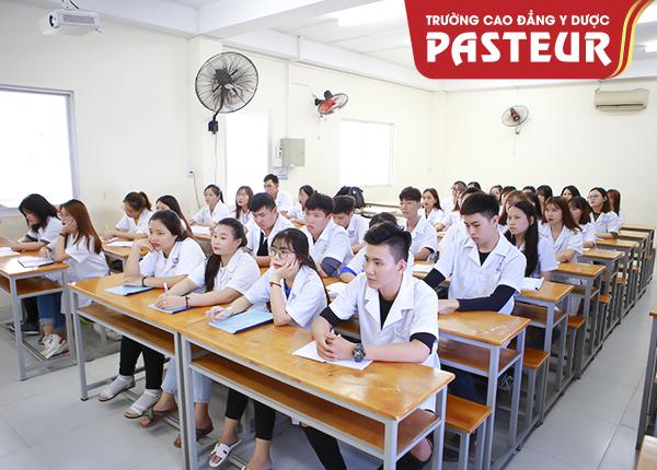 Trường Cao đẳng Dược ở Hoàng Quốc Việt có tốt không?