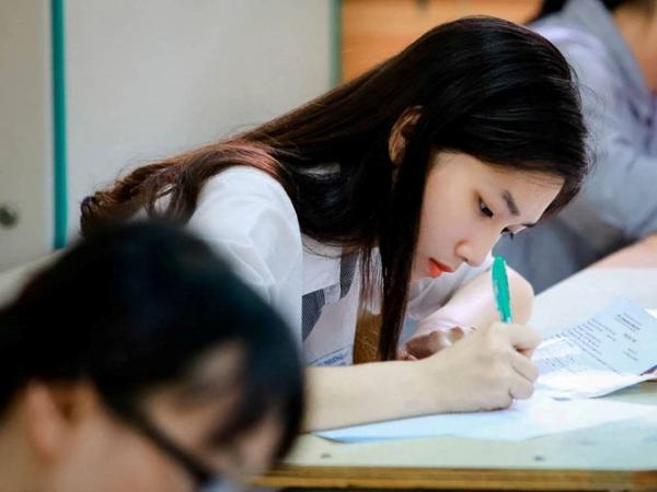 Chiến thuật làm bài thi trắc nghiệm môn Toán kỳ thi THPT quốc gia 2019