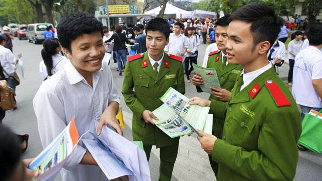 Dự kiến điểm chuẩn của các trường quân đội tăng mạnh trong năm 2017