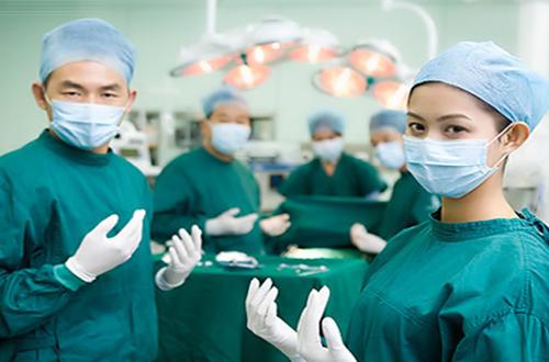 Điều dưỡng phòng mổ - nghề nghiệp hấp dẫn cần sự năng động