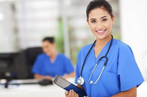 Điều dưỡng viên hoàn toàn có thể học để trở thành Bác sĩ