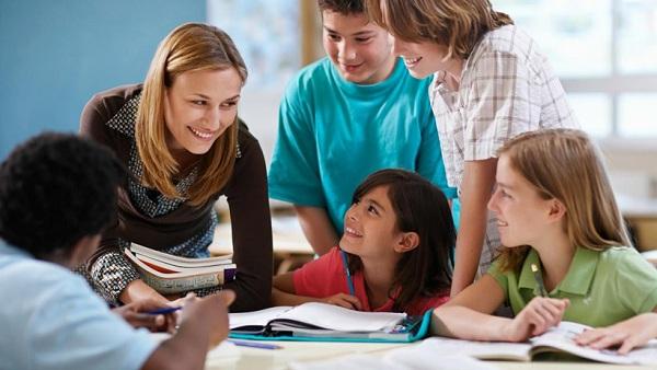 Gợi ý những công việc làm thêm cho sinh viên năm nhất