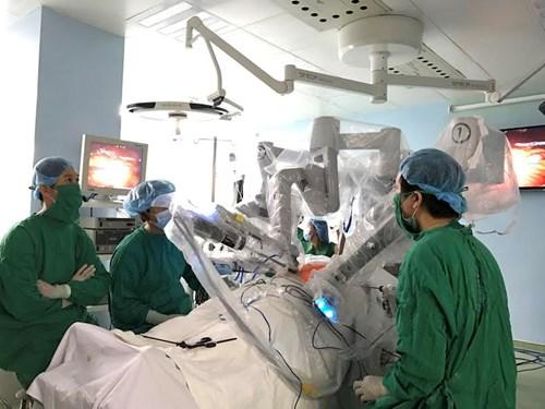 Phẫu thuật nội soi bằng robot