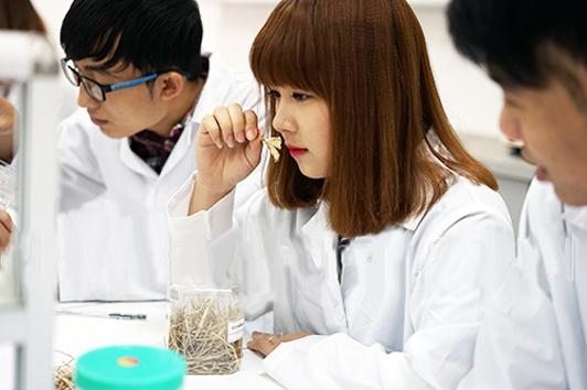 Học Cao đẳng Y Dược mang đến nhiều lợi ích cho sinh viên