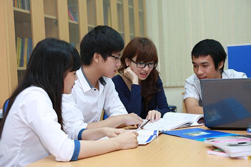 Kỹ năng làm việc nhóm là một trong những kỹ năng vô cùng quan trọng đối với tân sinh viên