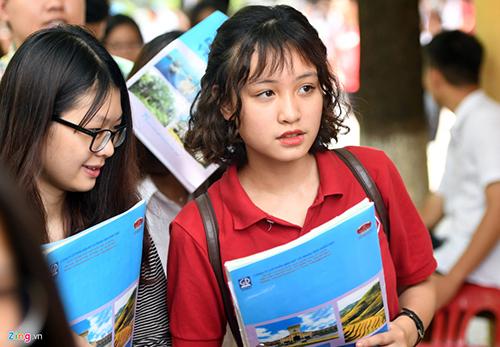 Thí sinh cần chuẩn bị đầy đủ hồ sơ để có thể nhập học vào trường