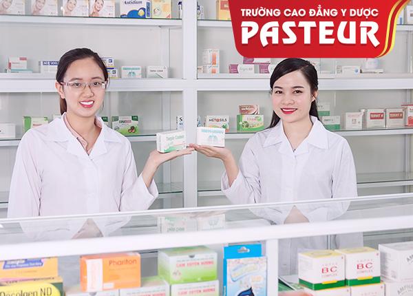 Hướng dẫn Dược sĩ cách trang trí quầy thuốc tây chuẩn thu hút khách hàng