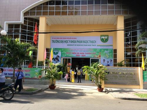 Đại diện Trường ĐH Y khoa Phạm Ngọc Thạch tiết lộ điểm chuẩn dự kiến năm 2018