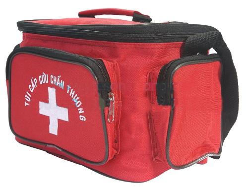 Nên trang bị túi cứu thương cá nhân khi tập thể thao