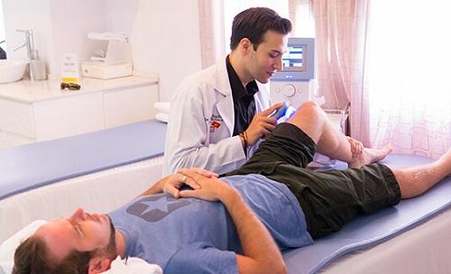 Có nên học ngành Vật lý trị liệu và Phục hồi chức năng?