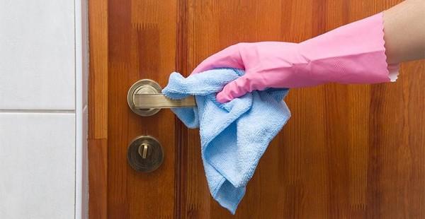 Phòng dịch COVID-19: Bác sĩ hướng dẫn cách vệ sinh khử khuẩn tại nhà